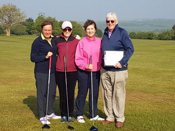 Golfing ladies' charity competition
